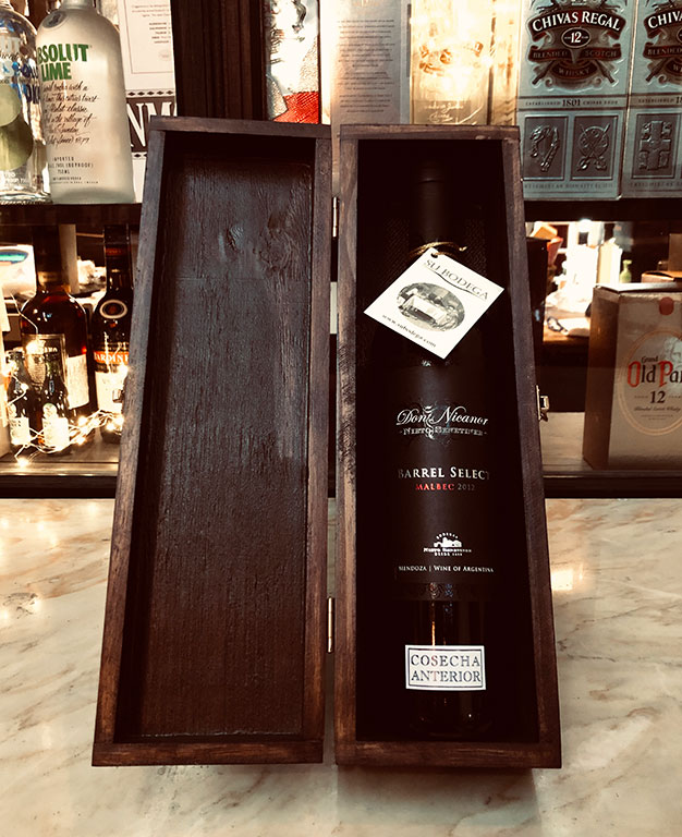 Estuche madera negra x 1 vino Don Nicanor Barrel Select