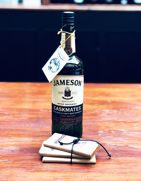 Whisky Jameson + chocolates
